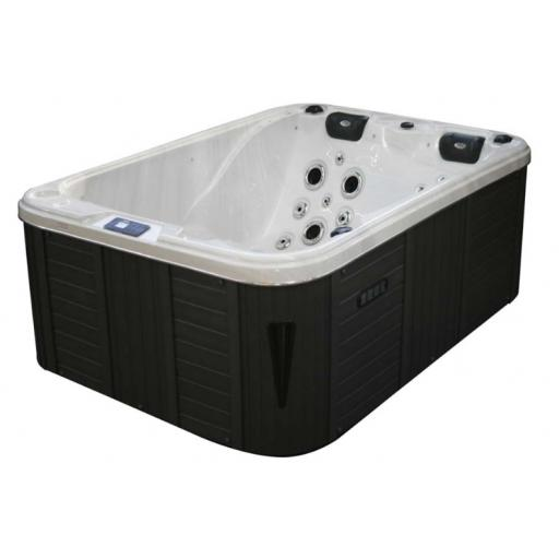 The Oxford Hot Tub