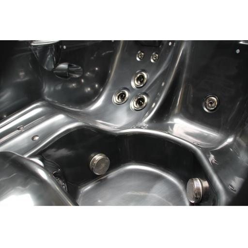 Relax Spa Hot Tub Jacuzzi Sales Bournemouth or Online by Kikbuild